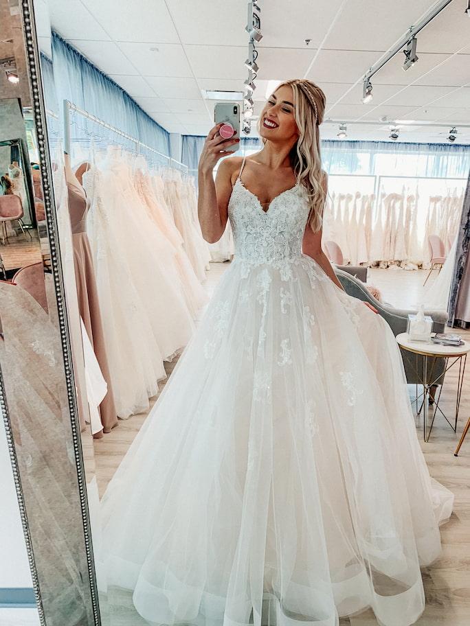 wedding dress Stella York Style 6886