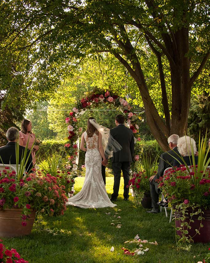 outdoor venue - style 6933 by stella york