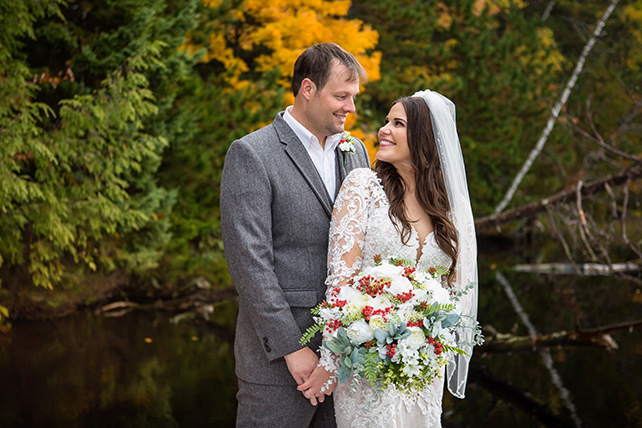 lace_longsleeve_wedding_dress_essense_of_australia_d2672