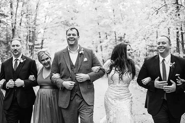 lace_longsleeve_wedding_dress_essense_of_asutralia_d2762